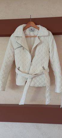 Куртка осінь -весна