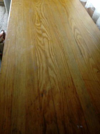 Stół z bali jesiona
