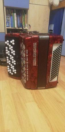Akordeon guzikowy 96 basów Royal Standard Romance, stan bdb
