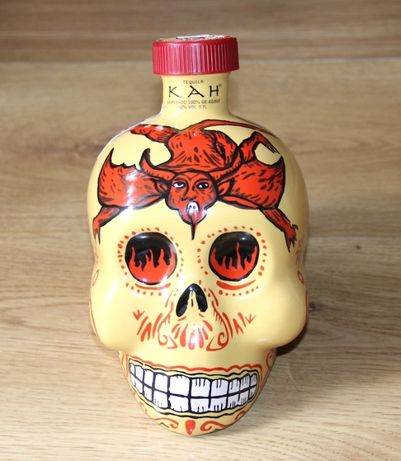 butelka karafka KAH Tequila reposade 0,7 l czaszka whisky wódka sierra