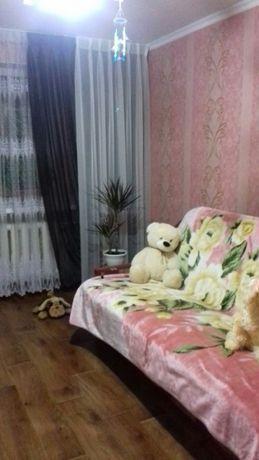 сдам для 1 девушки отличную комнату с хозяйкой на ул Щорса