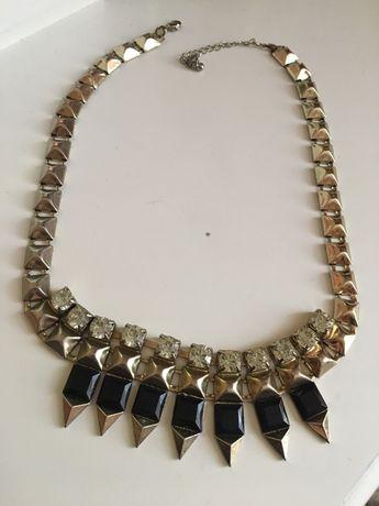 Ozdobny naszyjnik diamenty srebrne, czarne zloty łezki damski