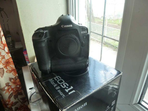 профессиональный  Canon EOS 1 D mark II