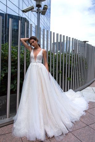 Весільна сукня Sara WONÁ ex. Crystal Design