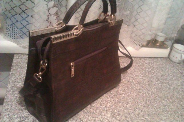 Элегантная, красивая женская оригинальная сумка.