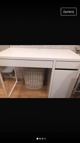 Białe biurko ikea