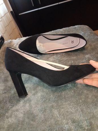 Sapatos Clássicos - Novos