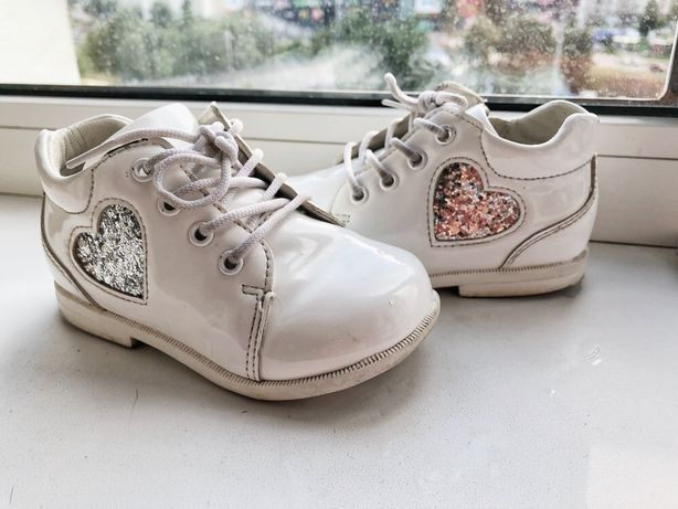 Белые ботинки( туфли) 15 см, каблук томаса