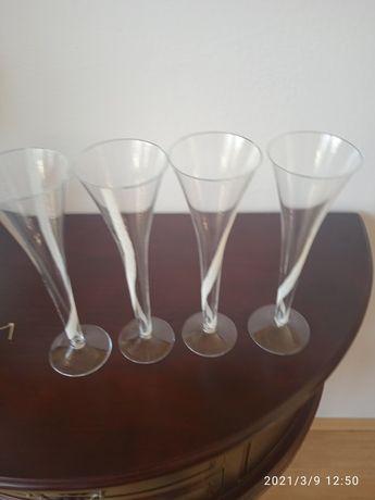 Kieliszki do szampana ręcznie zdobione