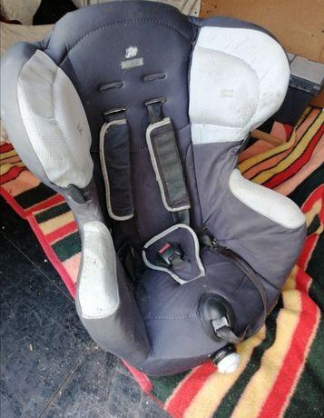 Cadeira de bebé para automóvel