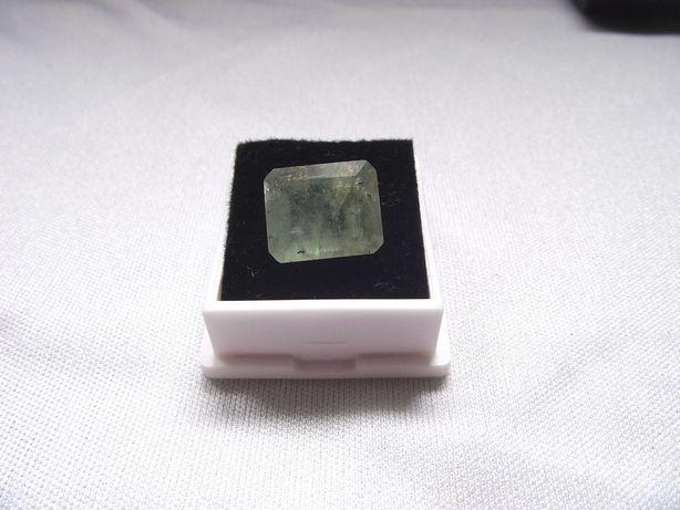 esmeralda natural rectangular grande 5ct
