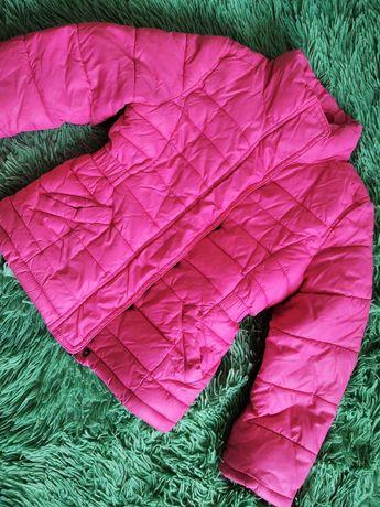 Куртка фирмы HM для девочки на 5 лет весна - осень