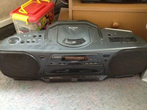 sprzedam radiomagnetofon CD oraz na 2 kasety