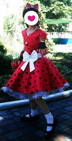 Продам выпускное платье стиляги + все аксессуары к нему в комплекте
