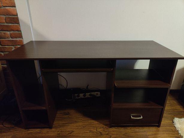 Drewniane duże biurko na sprzedaż