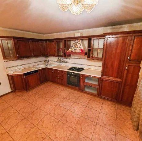 Продам квартиру 98 кв.м. в кирпичном доме, Адмиральский просп. 1A12