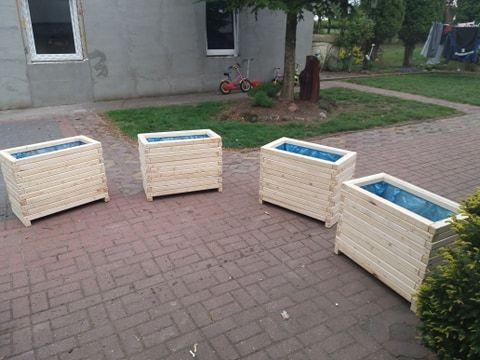Donice ogrodowe studzienki pergole wszystko co do ogrodu