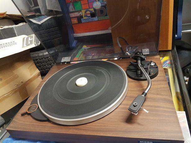 Gira Discos Micro Seiki  Solid 1 c/ audio Technica