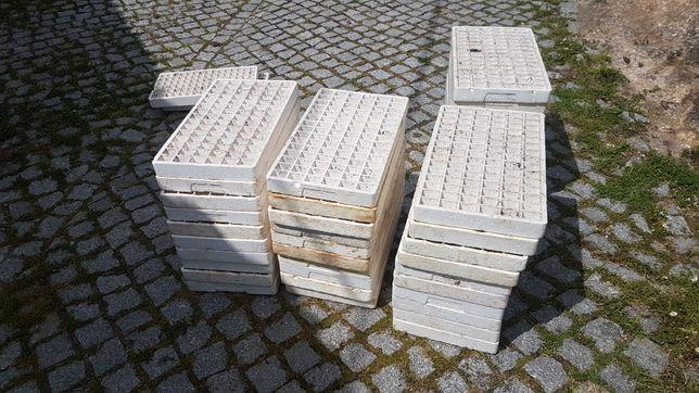 Caixas de esferovite