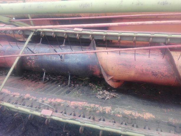 Kombajn dronningborg d1600  w całości lub na części jeździ odpala