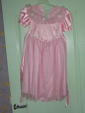 Платье красивое нарядное розовое выпускной праздник