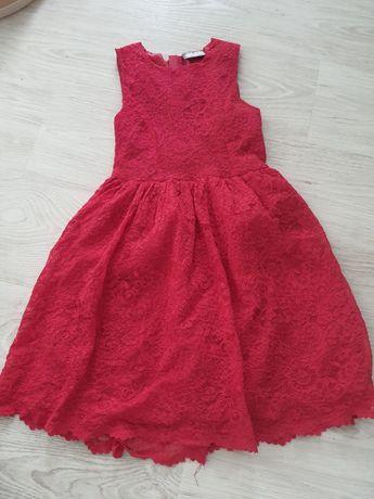 Sukienka koronkowa 140