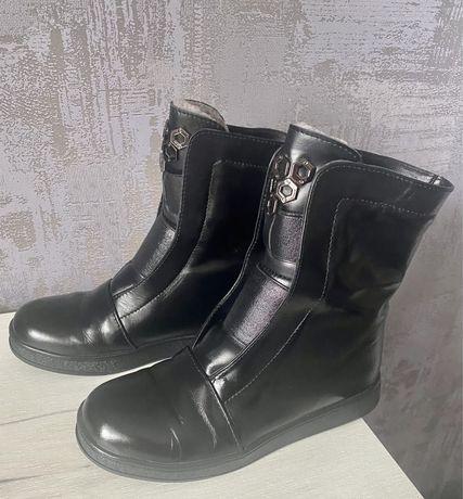 Кожаные зимние ботинки 34 р. Maxsima