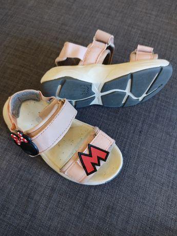 Vendo Sandálias da Minnie