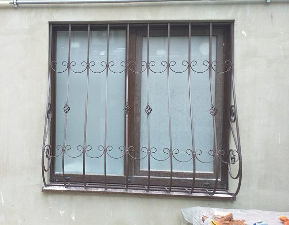 Решетки на окна. Тамбурные, решетчатые двери.