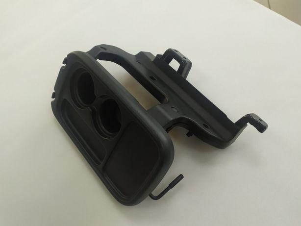 Столик з Honda чорний пластиковий !