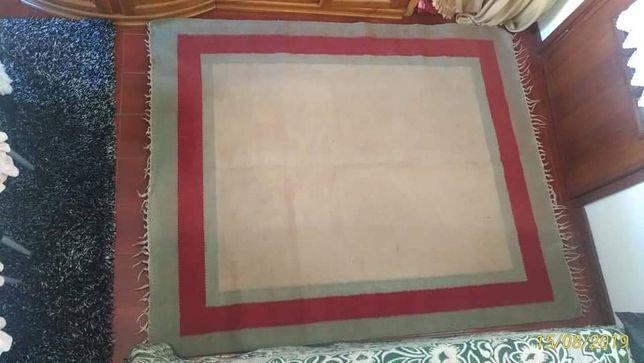 Carpete em ótimo estado