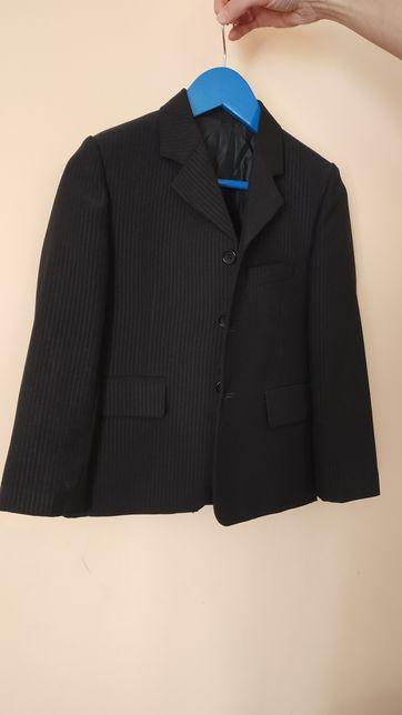 Костюм тройка плюс брюки и галстук на мальчика 6-7 лет, 1 класс