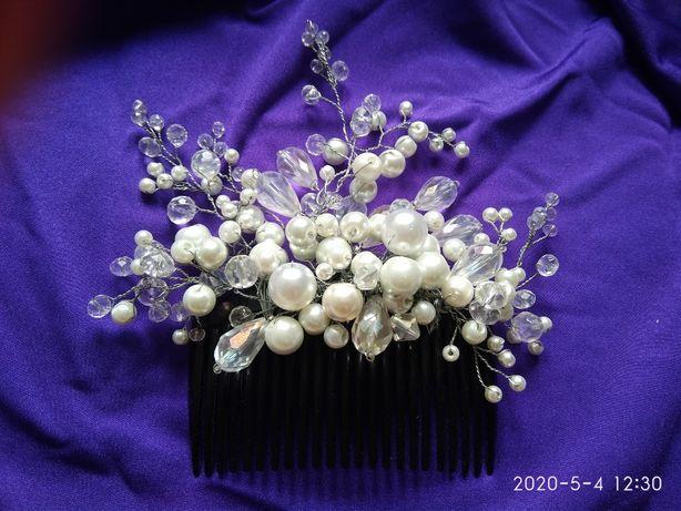 Заколка для волос в свадебную прическу, на выпускной (ручная работа)