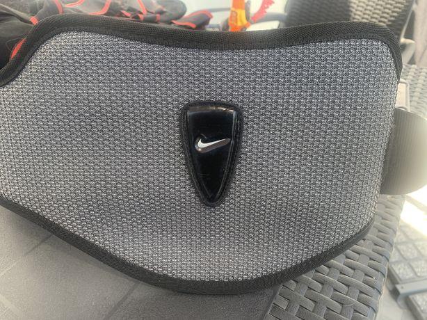 Cinta Nike Tamanho M