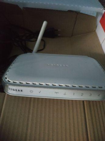Router z zasilaczem