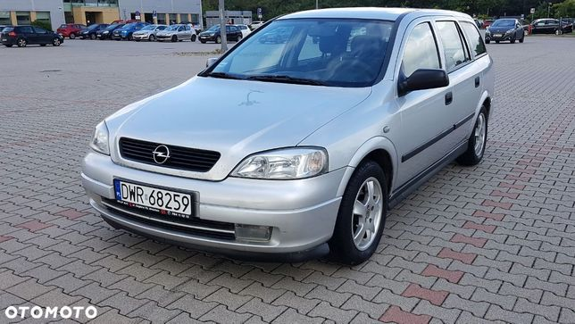 Opel Astra 2005 r. Salon PL