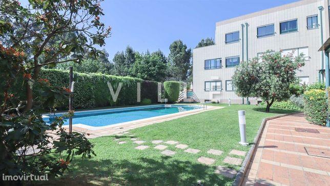 Apartamento T4 Recuado com piscina e vistas de Mar em Francelos
