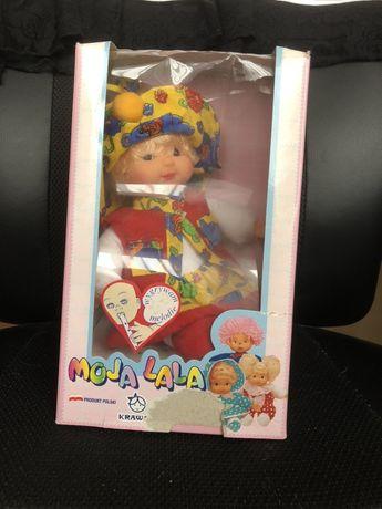 Nowa lalka moja lala w pudełku