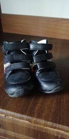 Весенние ботиночки 22 размер