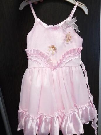 Продам платье на 2-3 года