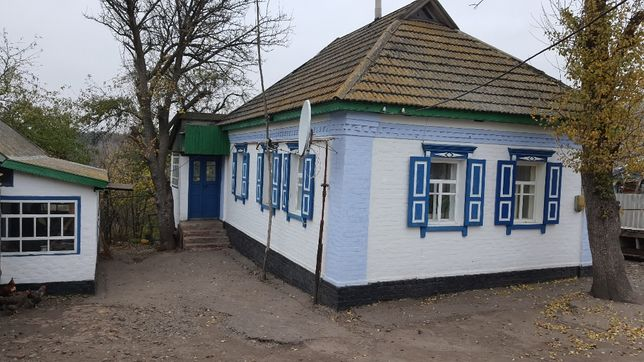Продам будинок у с. Гаркушенці