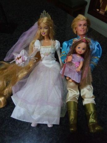 Barbie e Ken.