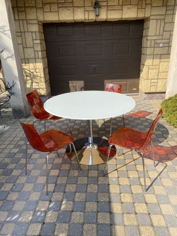 Komplet stół+ 4 krzesla