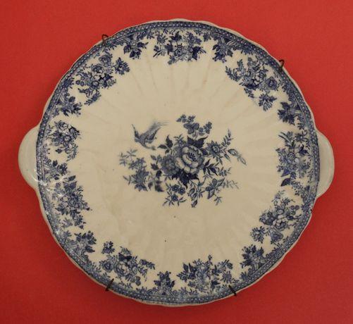 Raro e antigo prato de loiça de Sacavém, com pegas