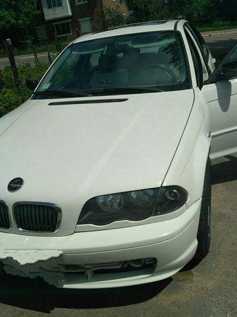Продам BMW 320 на запчастини