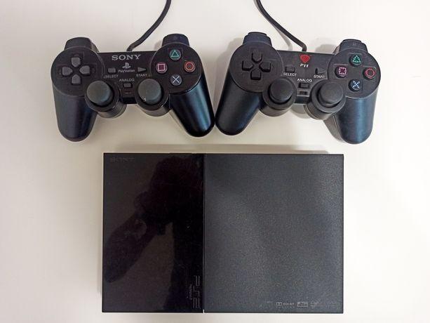 Konsola PlayStation 2 + 2 pady PS2