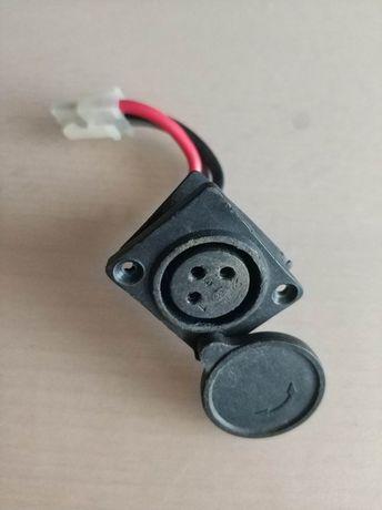 Gniazdo ładowania 3 pin Batavus Gazelle Sparta Sinus Koga elektryczny