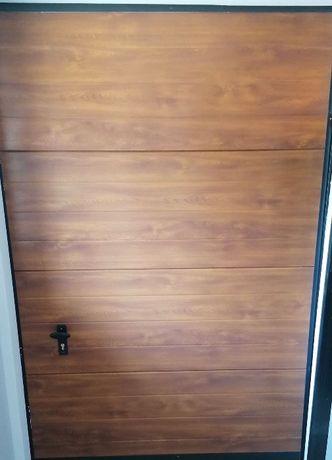 Brama garażowa; drzwi garażowe; brama segmentowa; drzwi segmentowe