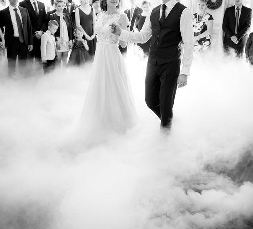 Ciężki dym, taniec w chmurach, bańki mydlane, fontanny sceniczne, love
