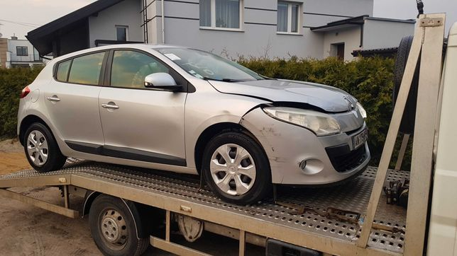 Renault Megane III 1,5 dci klima 2010  uszkodzony